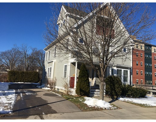 8 Beechwood Street, Boston - Dorchester, MA 02121