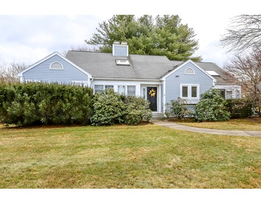 6 Mulberry Ln, Canton, MA 02021