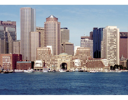 20 Rowes Wharf 506, Boston, MA 02110