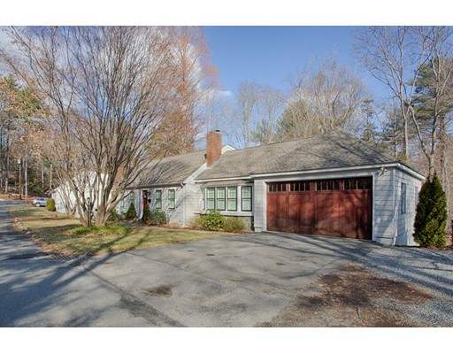 3 Leather Ln, Beverly, MA 01915