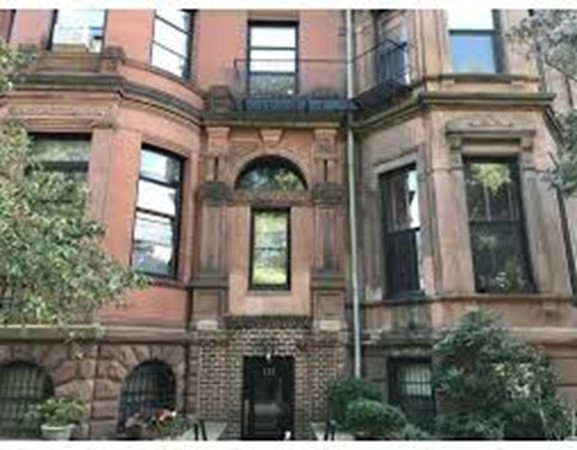 132 Commonwealth Avenue Boston MA 02116