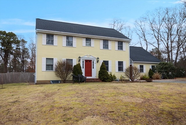 11 Plymouth Heights Bourne MA 02562