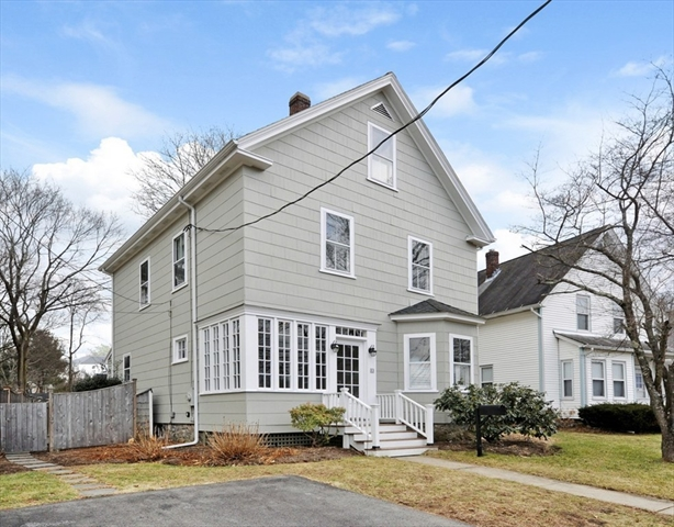 33 Crest Street Concord MA 01742