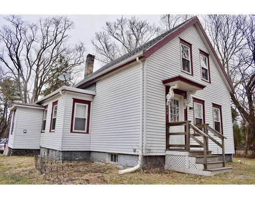 448 Matfield St, West Bridgewater, MA 02379
