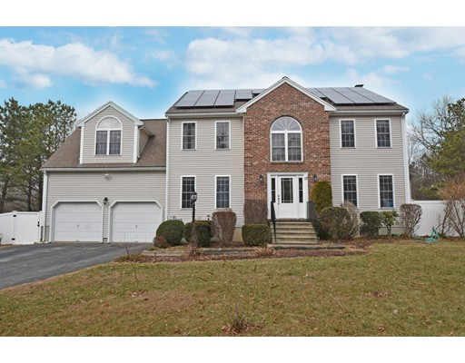 17 Blueberry Way, Webster, MA 01570