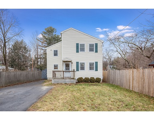 357 Forest Grove Ave, Wrentham, MA 02093