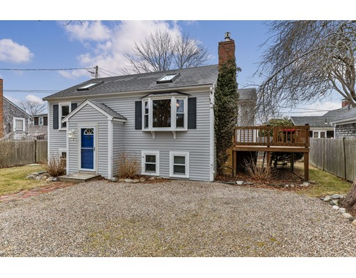 28 Crocker 3 D, Barnstable, MA 02601