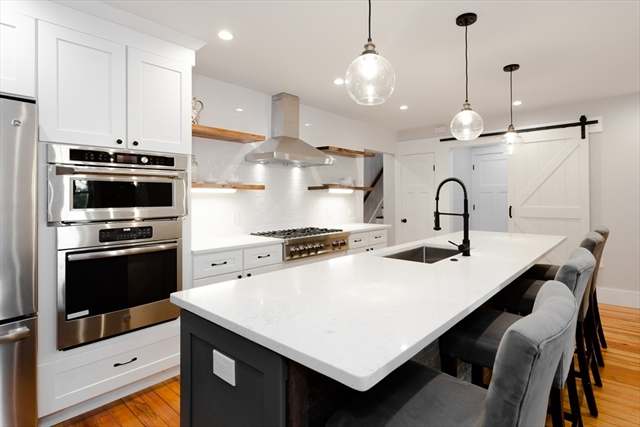 54 Canterbury Street Hingham MA 02043