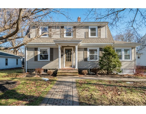 101 Cottage St, Hudson, MA 01749