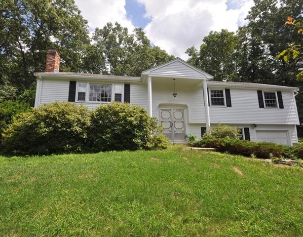 301 Oak Hill Circle Concord MA 01742