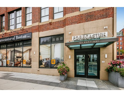 Condominium/Co-Op for sale in Forecaster 121, 203 Midtown, Boston, Suffolk