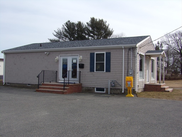 38 South Main Street Acushnet MA 02743