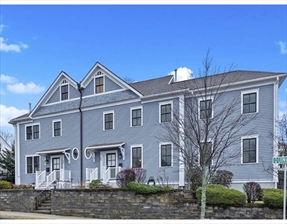 60 Quincy St #60, Watertown, MA 02472