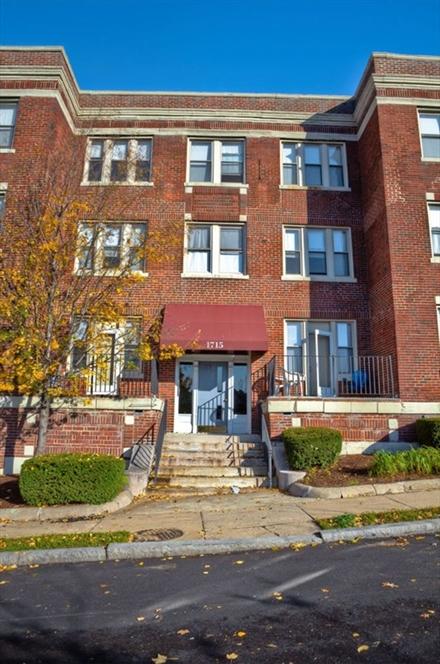 1713 Commonwealth Ave, Boston, MA Image 4