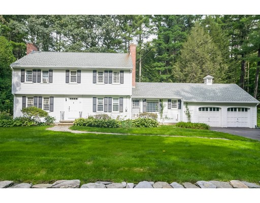 19 Valley View Road, Williamsburg, MA 01096