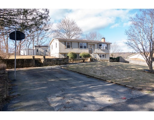 38 S Bennett Dr, Johnston, RI 02919