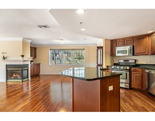 5 Mission Rd 207, Chelmsford, MA 01863