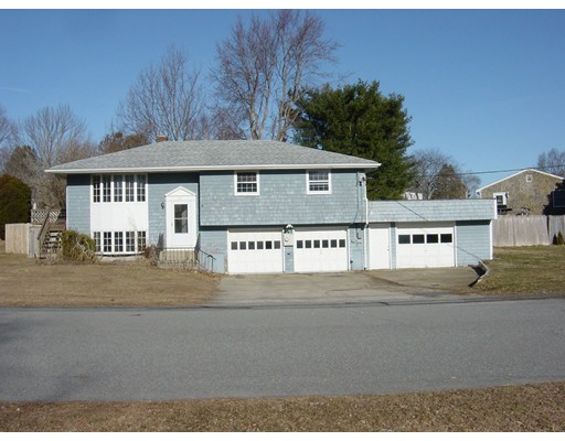 3 bedroom raised ranch, 1 1/2 bath, finished basement tile floor in kitchen and bathroom, extra 20x24 garage ( total 4 car garage) oil fired forced water heat, hardwood floors ,fenced in back yard, approx 1/3 acre lot ,has passed state septic system testing, nice neighborhood.