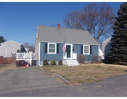 8 Chandler St, Weymouth, MA 02188
