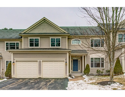 28 Country Candle Ln 28, Northborough, MA 01532