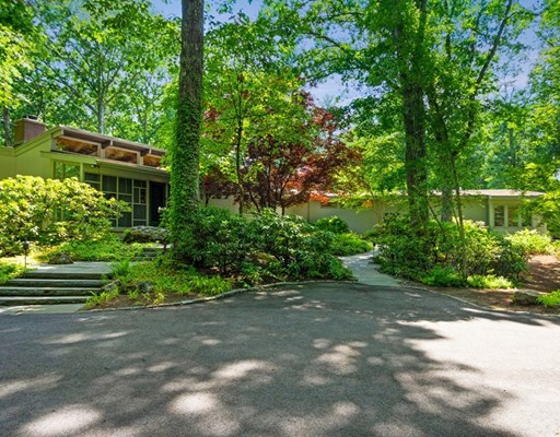 19 Twin Pond Lane, Lincoln, MA 01773