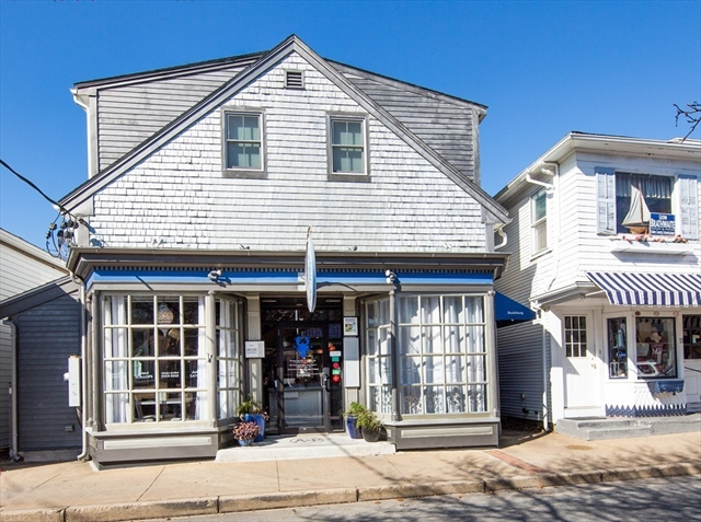 53 Circuit Avenue Oak Bluffs MA 02557