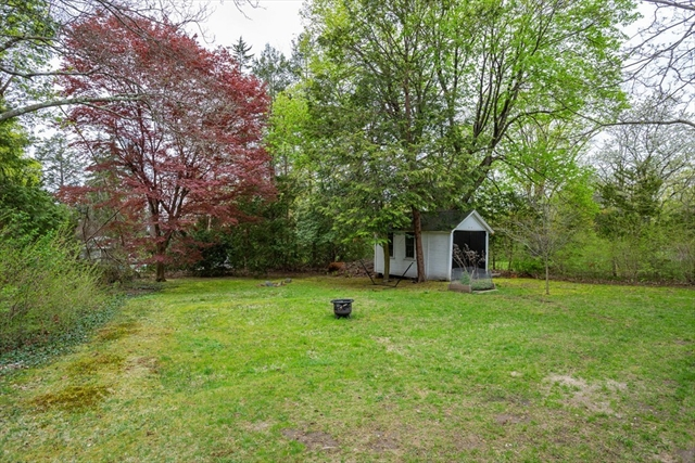 148 Lincoln Avenue Amherst MA 01002