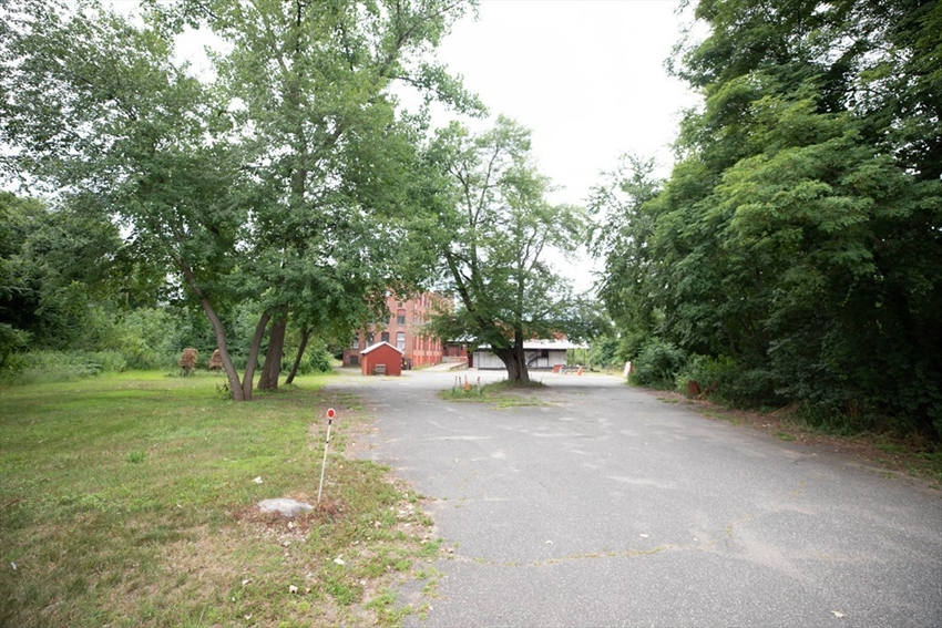 176 Cottage Ave, Wilbraham, MA Image 13