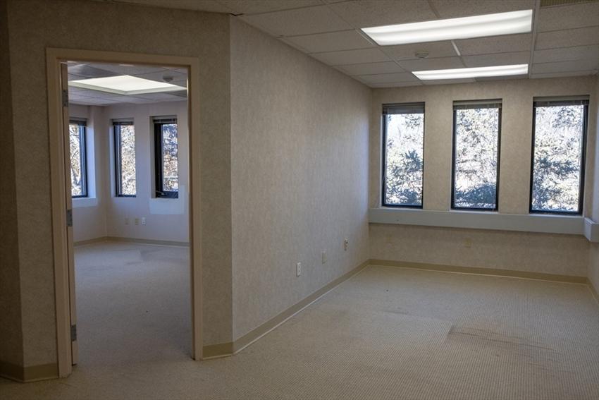 6 Blackstone Place, Lincoln, RI Image 9