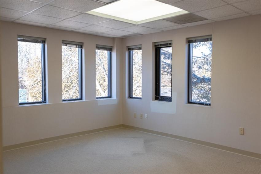 6 Blackstone Place, Lincoln, RI Image 10