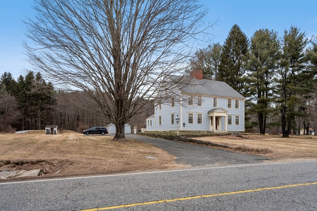 19 Brookfield Road Brimfield MA 01010