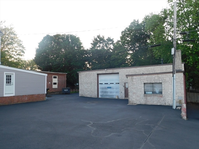 43-R Central Square Bridgewater MA 02324