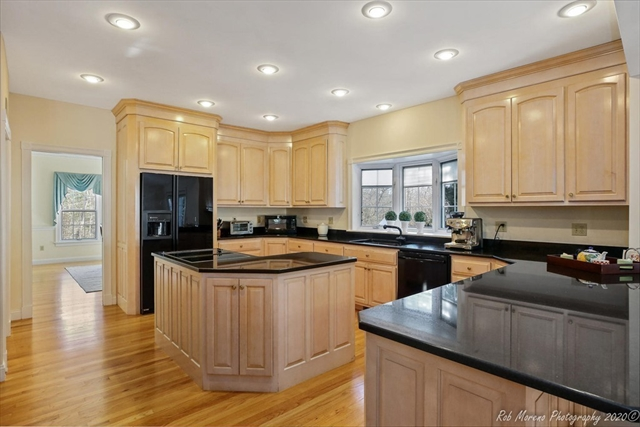 28 Old Planters Road Beverly MA 01915