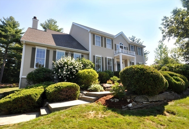 11 Alexandra Way Acton MA 01720