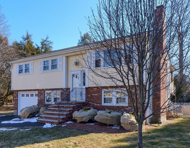 438 Old Bedford Road Concord MA 01742