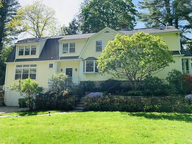 40 Chestnut Weston MA 02493