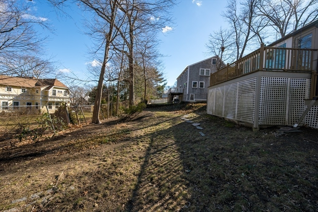 25 Governor Andrew Road Hingham MA 02043