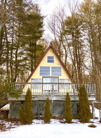 107 Peterson Road Becket MA 01223