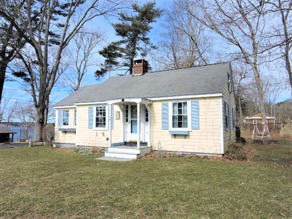 10 Cottage Lane Lakeville MA 02347