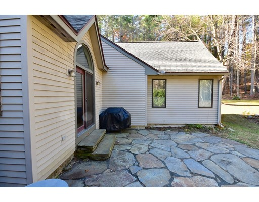 116 Old Mountain Rd, Leverett, MA 01054