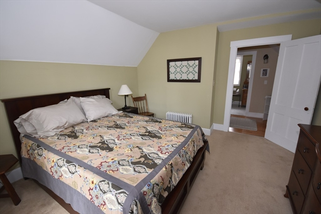 27 Spaulding Street Amherst MA 01002