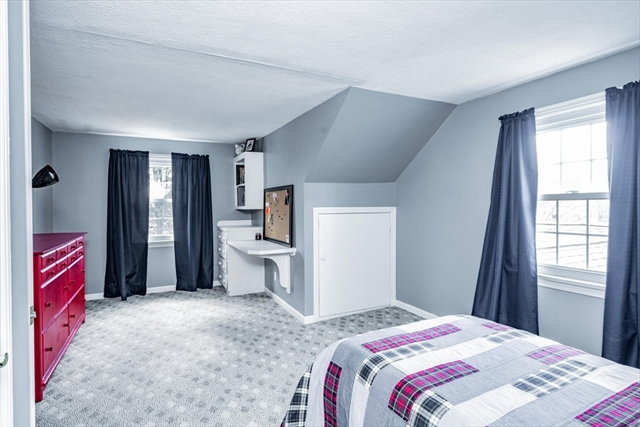 15 Greenacre Lane East Longmeadow MA 01028