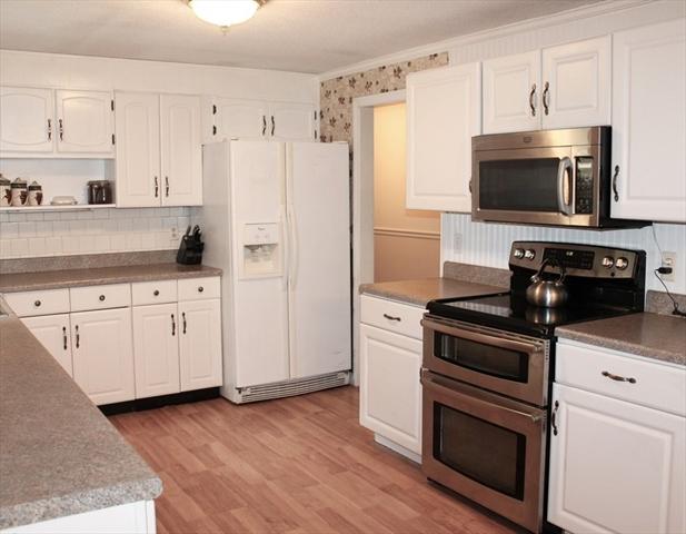 48 West Prescott Street Westford MA 01886
