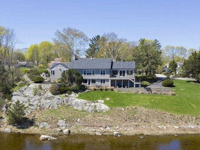 26 Little Harbor Road Cohasset MA 02025