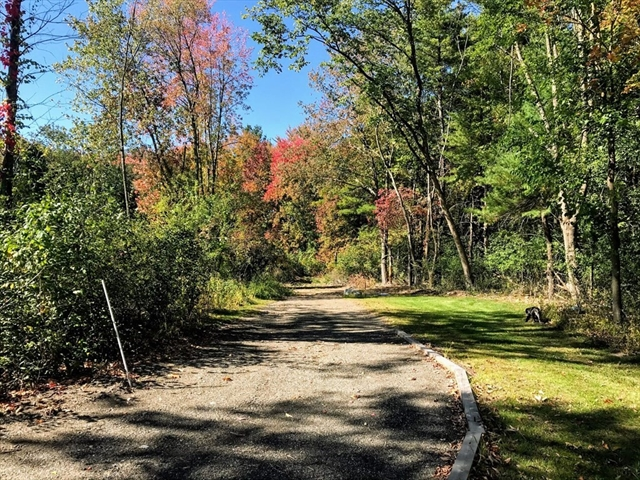 7 Pettingill Rd Lot 2 Andover MA 01810