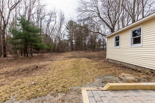115 Plymouth Street Middleboro MA 02346