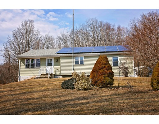 118 County Rd, Huntington, MA 01050
