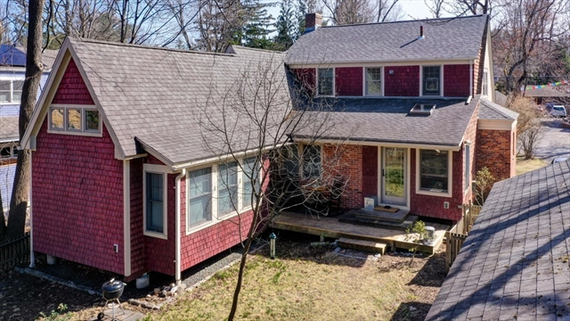 26 Cosby Avenue Amherst MA 01002
