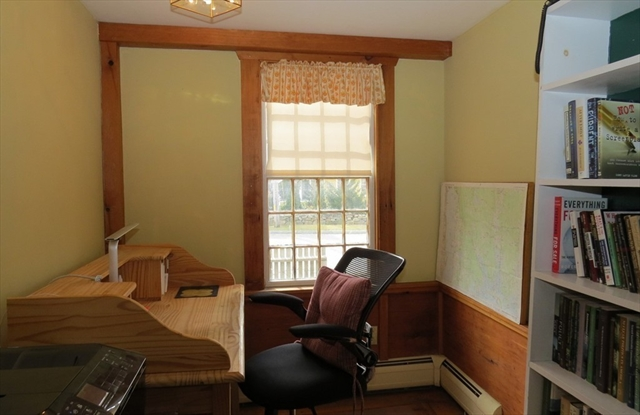 498 Old County Road Westport MA 02790