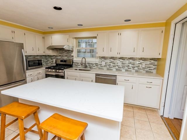 20 ELMWOOD Avenue Waltham MA 02453